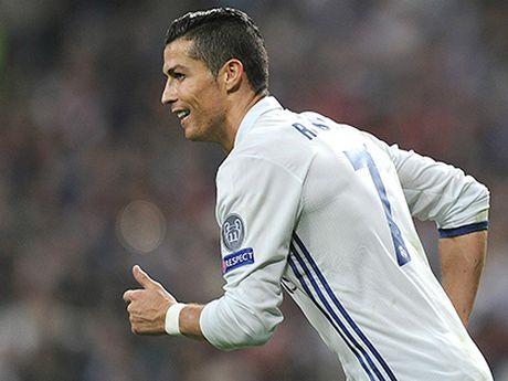 Ronaldo va ban hop dong cua trai tim - Anh 1
