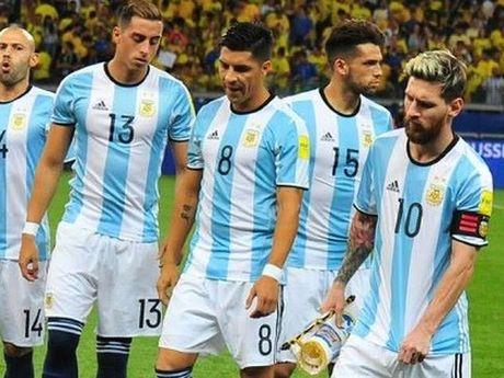 Argentina tham bai: Bi kich HLV, bi kich Lien doan, bi kich ca nen bong da - Anh 5