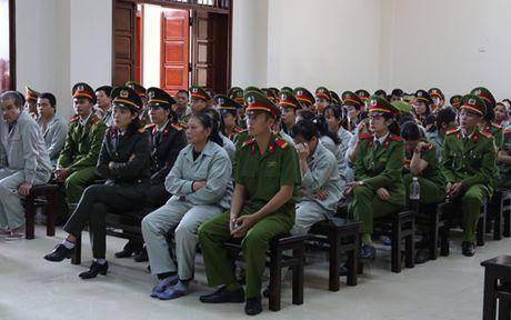 Tuyen an doi voi hon 100 bi cao trong vu danh bac o Quang Ninh - Anh 2