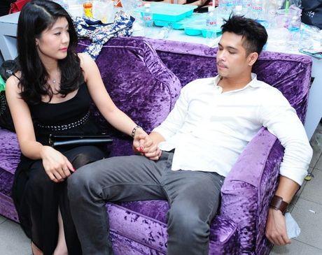 Nu phi cong huy hon Truong The Vinh sap lay nguoi khac? - Anh 2