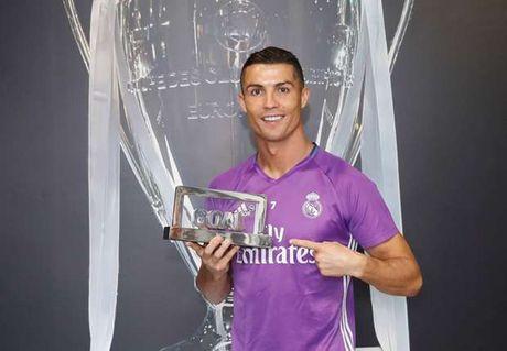 Cristiano Ronaldo lan thu 4 doat giai Goal 50 - Anh 2