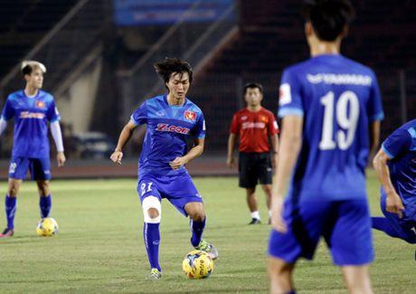 Tuan Anh duoc khuyen khong nen ra san tran gap Avispa Fukuoka - Anh 1