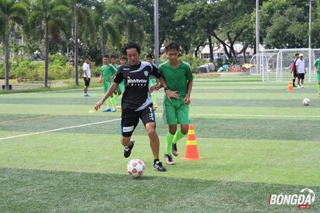 CLB Avispa Fukuoka 'truyen lua' cau thu tre Can Tho - Anh 1
