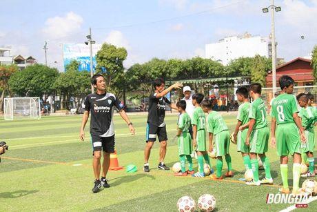 CLB Avispa Fukuoka 'truyen lua' cau thu tre Can Tho - Anh 2