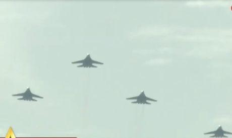 Chong mat canh 'ho mang' Su-30MK2 Viet Nam nhao lon - Anh 12