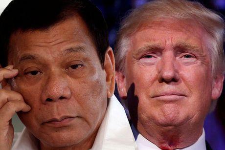 "Ong Duterte thua nhan ""nho be"" so voi ong Trump - Anh 1"