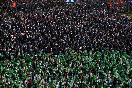 Seoul lai bieu tinh lon doi ba Park Geun-hye tu chuc - Anh 2