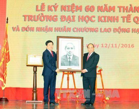 Phat trien Dai hoc Kinh te quoc dan thanh dai hoc dinh huong nghien cuu - Anh 1