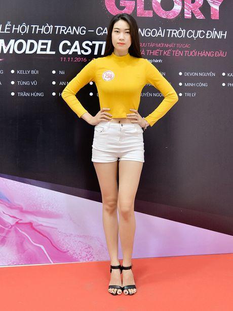 Chi gai sinh doi cua Nam Em di casting nguoi mau - Anh 10