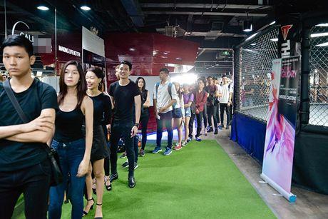 Chi gai sinh doi cua Nam Em di casting nguoi mau - Anh 9
