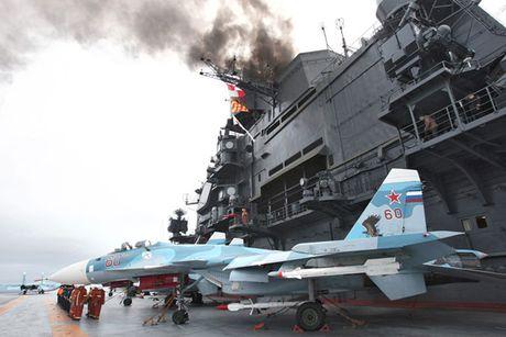 Tinh hinh Syria 12/11: Tau san bay Do doc Kuznetsov khien khung bo 'hon bay phach lac' - Anh 2
