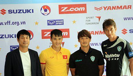 AFF Cup cuoi doi cau thu cua Cong Vinh - Anh 2