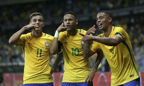 "Brazil xuat hien tam tau moi: Tiep buoc ""bo ba R"" - Anh 1"