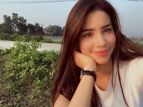 Pham Huong gian di nhung van 'dep' trong long cong chung - Anh 12