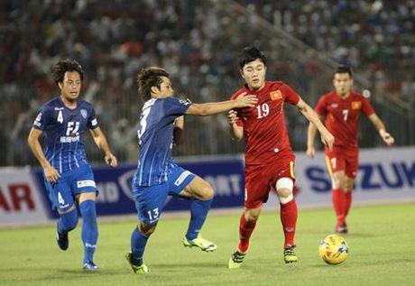Tuyen VN hoa Fukuoka 0-0: 3 hoc tro Huu Thang lot mat xanh HLV Masami - Anh 1