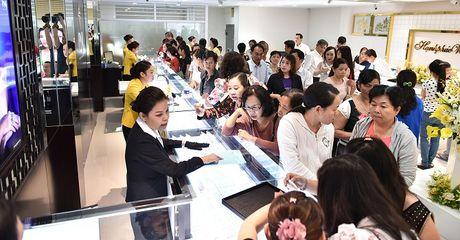 PNJ: 10 thang loi nhuan vuot 10% ke hoach nam dat 510 ty dong - Anh 1