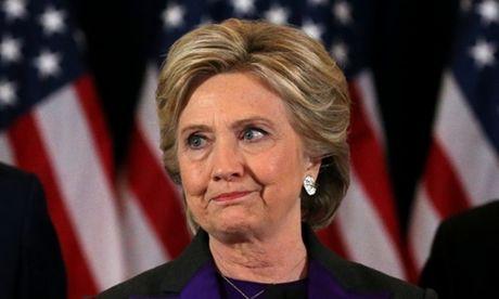 Tranh cai ve luat khien Clinton bai tran du co nhieu cu tri ung ho hon Trump - Anh 1