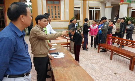 CC1 ung ho nguoi dan vung lu Quang Binh va Ha Tinh hon 600 trieu dong - Anh 2