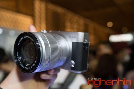 May anh mirrorless Fujifilm X-A3 len ke Viet gia 14 trieu - Anh 3