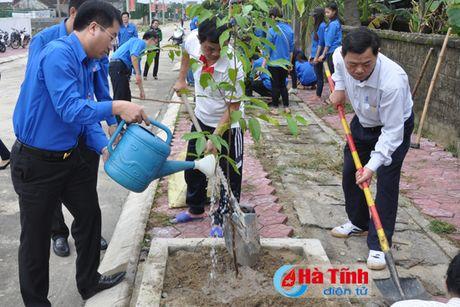 Phat dong tinh nguyen mua dong 2016 - Xuan tinh nguyen 2017 - Anh 9