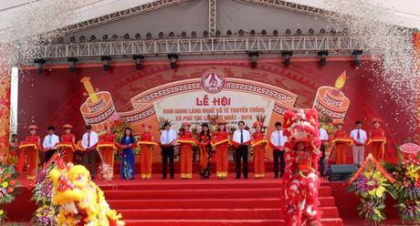 Vinh danh lang nghe co te truyen thong Phu Tuc - Anh 1
