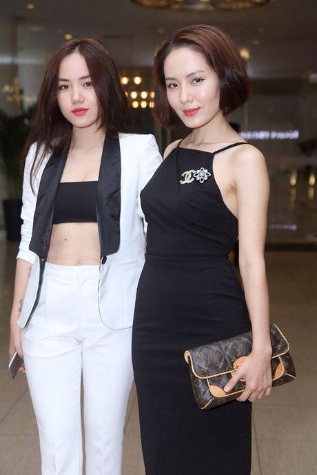 Di tim nhung cap chi em Jessica - Krystal phien ban Viet - Anh 3