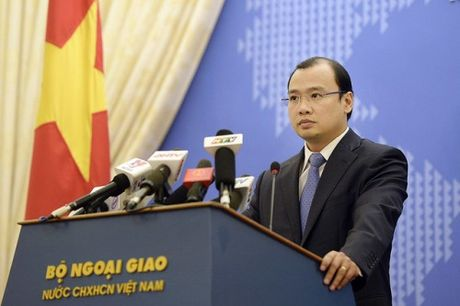 Thong tin moi nhan ve 6 thuyen vien Viet Nam bi bat coc - Anh 1