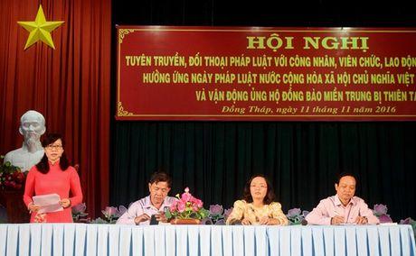LDLD Dong Thap: Van dong hon 1 ty dong ung ho dong bao mien Trung bi thien tai - Anh 8