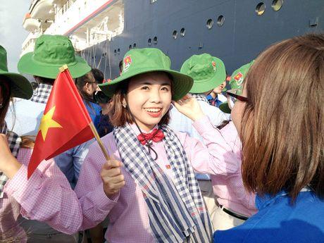 Tau thanh nien Dong Nam A dua 328 dai bieu thanh nien den TP.HCM - Anh 1