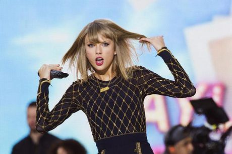 Taylor Swift viet ca khuc ve tinh cu Calvin Harris va Tom Hiddleston - Anh 1