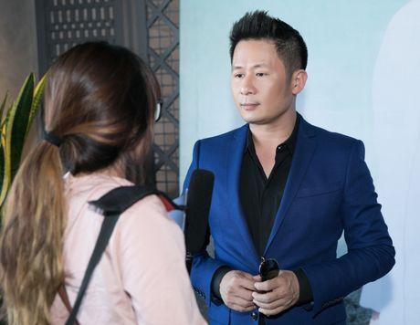 Bang Kieu tu tin dung ben Kim Tuyen du chieu cao khiem ton - Anh 3