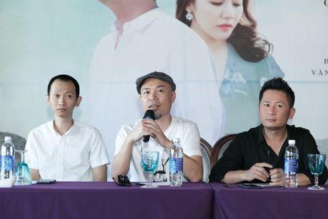 Bang Kieu tu tin dung ben Kim Tuyen du chieu cao khiem ton - Anh 4