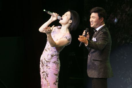 Thu Phuong muon lam 'con sao nho' cua Quang Linh - Anh 8
