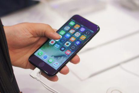 iPhone 7 xach tay xuong duoi 16 trieu - Anh 1