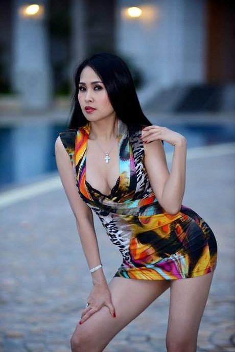 Hinh anh nong bong mat cua Minh Thu 'Gai nhay' - Anh 3
