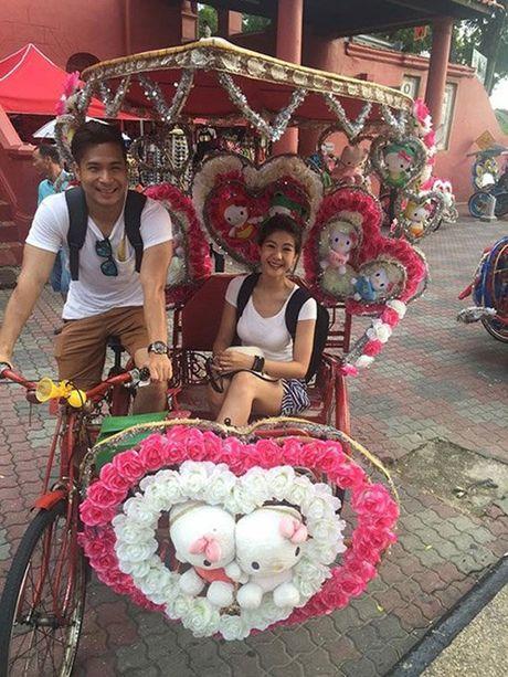 Chuyen tinh cua nu co truong Dong Phuong va Truong The Vinh truoc huy hon - Anh 10