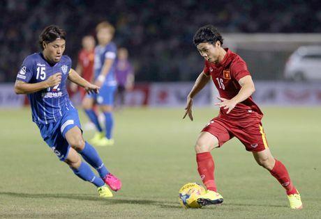 Tuyen Viet Nam bi cam hoa truoc ngay len duong du AFF Cup - Anh 1