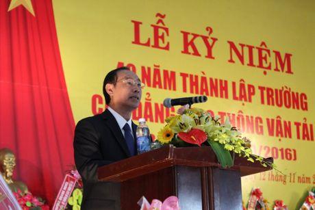 Truong Cao dang GTVT II vinh du nhan buc truong cua Bo GTVT - Anh 1