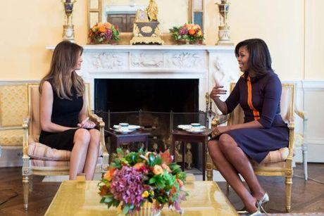 Phu nhan Obama chia se cach day con voi vo Trump - Anh 1