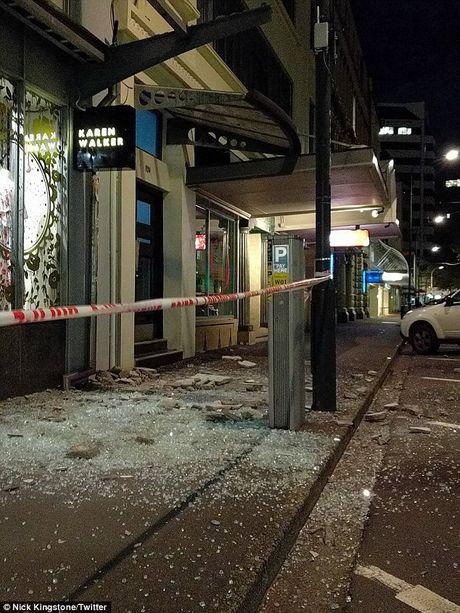Khung canh dang so o New Zealand sau tran dong dat manh 7,8 do Richter - Anh 1