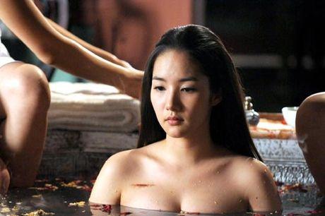 Choang voi ve ngoai 'hoa thien nga' cua bo cu Lee Min Ho - Anh 6