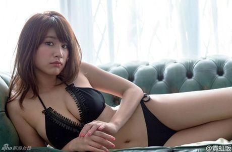 Hot girl Nhat dien ao truyen thong khoe noi y gay tranh cai - Anh 13