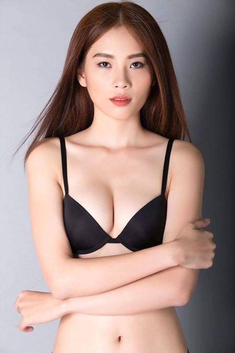 Ro ri anh chi song sinh cua Nam Em cung sexy den bat ngo - Anh 11