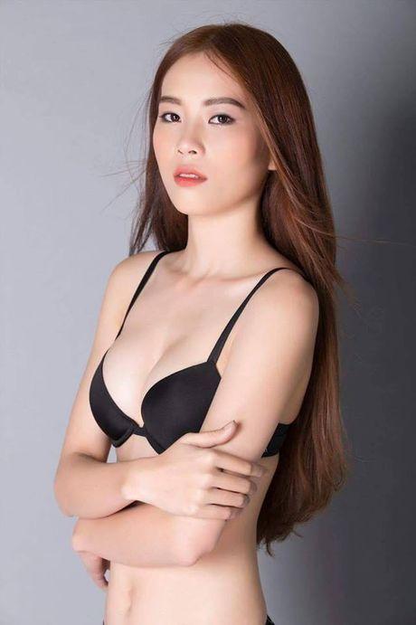 Ro ri anh chi song sinh cua Nam Em cung sexy den bat ngo - Anh 12