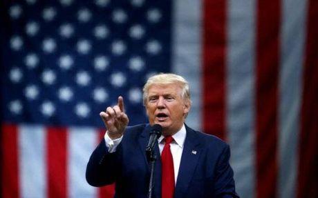 My: Trump thanh tong thong, vo tinh tao hang loat ki luc - Anh 1