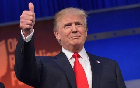 My: Trump thanh tong thong, vo tinh tao hang loat ki luc - Anh 2