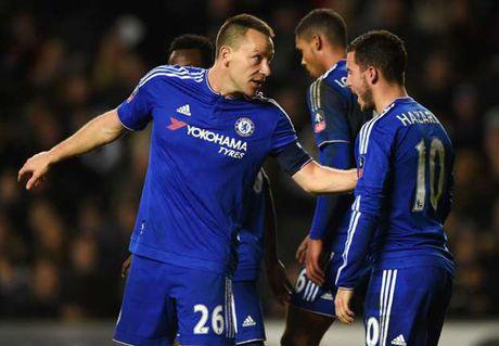 Lam doi truong, Hazard khong muon chi 'noi nhieu' nhu Terry - Anh 1
