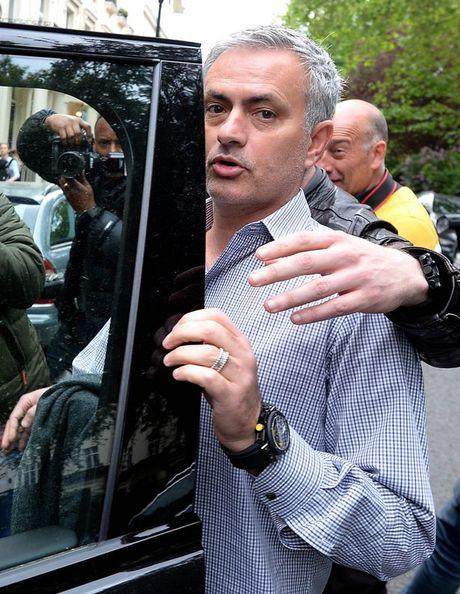 Mourinho da chui mang tat ca, tru ban than - Anh 1