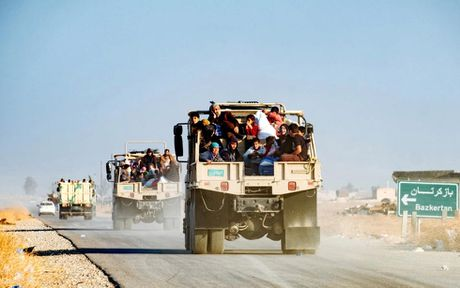 Nhung nan nhan song sot duoi tay phien quan IS - Anh 7