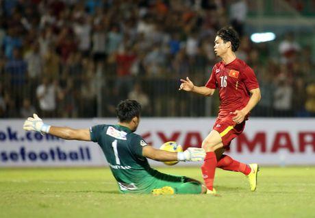 HLV Nguyen Huu Thang danh gia cao kha nang phong ngu cua hoc tro - Anh 2